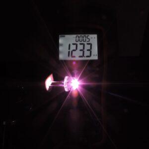 Dioda led 8mm straw hat 0.5W 22lm różowa 4.4V 140st - pomiar