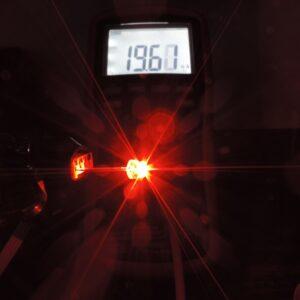 Dioda led straw hat 5mm czerwona 1200 mcd 90-120st - pomiar